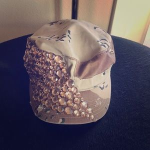 Desert Storm military cap with studs